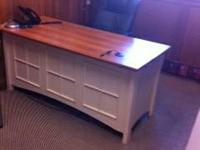 2 Beautiful office desks, like new condition- Stylish,