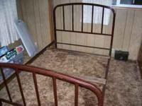 2 METAL BED FRAMES 2 HEAD AND FOOT BOARDS 4 RAILS FULL