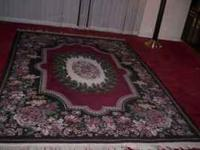 Mint condition, very nice 2 piece rug set, large 8 ft x