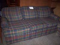 *** 2 Piece Living Room Set *** Couch & Loveseat SET