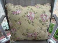 Excellent Condition. Floral Patterned Pillows with