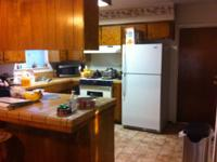 Female or male Rm for rent in a 3 bedroom in very nice,