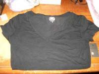 Short sleeve solid black shirt NEW sz small. $ 3.00