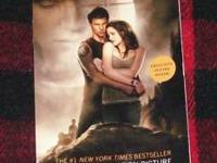 Stephanie Meyers The Twilight Saga NEW MOON paperback