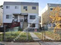 Far Rockaway 4 bedroom 2.5 bathroom home Cute 1 Family