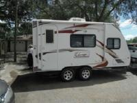 w/Rear Full Bath Including: Angle Shower w/Skylight,