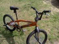 Mongoose Hoop D BMX bike, like new for sale for only