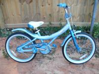 "20"" Bratz Girls Beach Cruiser Bike"