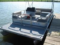 20 FOOT PARTI KRAFT PONTOON BOAT AND TRAILER EVINRUDE
