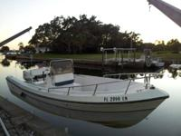 20 ft Aquasport CC 200 1986 with 1996 90HP Johnson