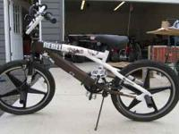 I am selling a 20 inch Mongoose Rebel boys bicycle. $25