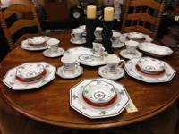 Charming vintage Independence Stoneware -- creamy white