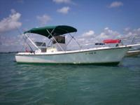 20' Shamrock center console 1988. Straight inboard PCM