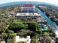 Historically significant 10BR/7.5BA waterfront 3 acre