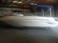 MAKE US AN OFFER! 2000 210 SEA RAY SUNDECK WITH A