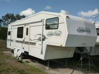 Type of RV: Fifth Wheel Year: 2000 Make: Golden Falcon