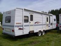 2000 32x8 ft travel trailer/camper for sale. Eagle by