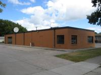 Excellent industrial area for lease at the corner of