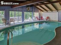 Four Seasons Lodge - Private Heated INDOOR Pool!