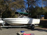 Selling 2000 21' Bayliner, has down riggers, fish