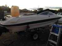 2000 Bayliner Caprie v8 motore 5.0 injected this was a