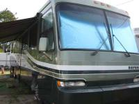40' Breckenridge Park Trailer, located in Treasure