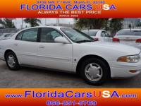 Exterior Color: bright white, Body: Sedan, Engine: 3.8L