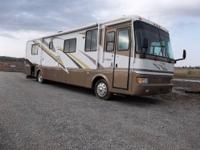 2000 Carriage LS 36' fifth wheel camper Damaged by