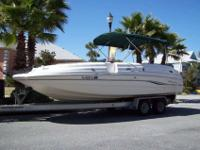 "2000 Chaparral Sunesta 232 Deck Boa (23' 3"" in length"