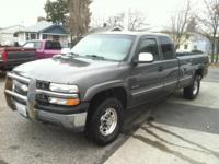 2000 Chevrolet Silvarado 2500 HD 4 Door 4x4 - 3/4 Lot