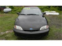 2000 chevrolet cavalier 4 door 3 speed automatic red for sale in yanceyville north carolina. Black Bedroom Furniture Sets. Home Design Ideas