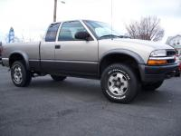 2000 CHEVROLET S-10 EXT CAB 3 DOOR 4X4 LS ZR-2 PACKAGE
