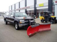 Long box. 4x4 w/ V Plow Comes with a Hiniker V-Plow.