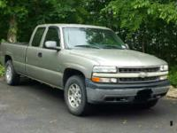 2000 Chevrolet Silverado truck  4x4, 8' bed with liner,