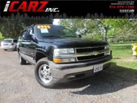 This 2000 Chevrolet Suburban 4WD is the perfect motor