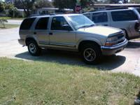 184000 miles, title in hand Leather seats, power