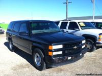 Very Nice, clean 2000 Chevy Tahoe 2x4 ONLY $ 2,995.00