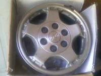 2000 chevy truck or tahoe 6-lug factory wheels asking