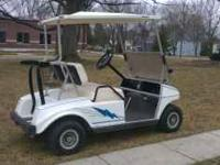 2000 CLUB CAR GOLF CART! BATTERIES ARE TWO YEARS OLD,