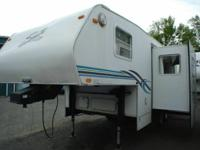 2000 Coachmen Shasta Flite 241 Fifth Wheel Stock