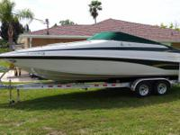 2000 Crownline 248CR, Extremely nice boat through-out,