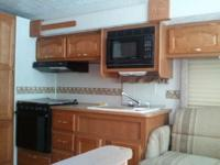 2000 Damon Challenger Motor Home, good condition,