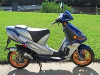 Good 2000 Derbi Predator 50cc Motorbike. Starts right