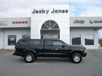 2000 Dodge Dakota V8 Magnum 4x4. Has 196,800 miles on