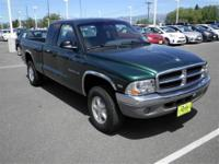 4 Wheel Drive!! This Green 2000 Dodge Dakota is powered