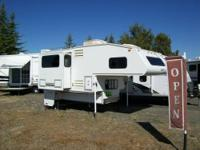 2000 Elkhorn camper with slideout and generator for