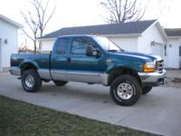 2000 Ford F250 4X4 XLT, Supercab, Shortbed, V10 engine,