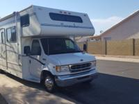 2000 28 ft Forest River Sunseeker Class C Motor home