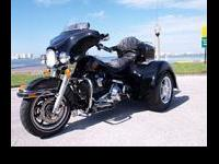 2000 HARLEY DAVIDSON ELECTRAGLIDE CLASSIC WITH A 2011