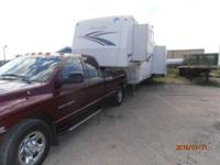 2000 Holiday Alumalite Rambler 35 foot 5th wheel.